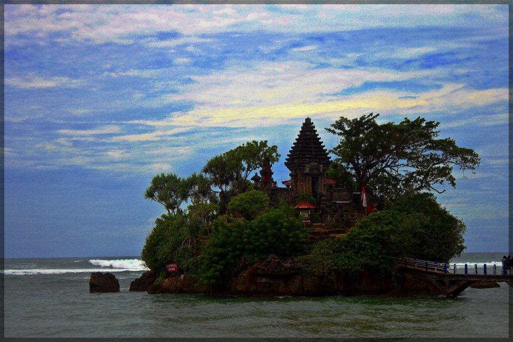 paket wisata pulau balekambang